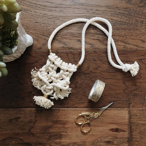 Carlota macrame necklace