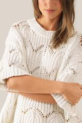 Tamma White Knit O neck