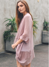Load image into Gallery viewer, Pink Border Trim Kimono with Armholes