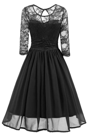 produkte / Black-A-line-Lace-Homecoming-Dress-With-Sleeves.jpg