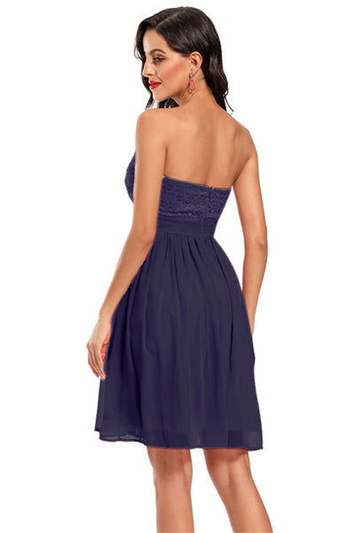 Schickes trägerloses Fit & Flare Homecoming-Kleid