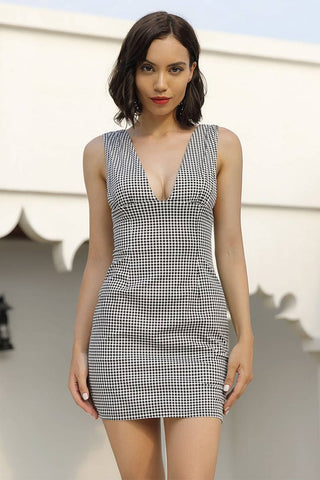 Classic Plaid V-neck Backless Mini Dress