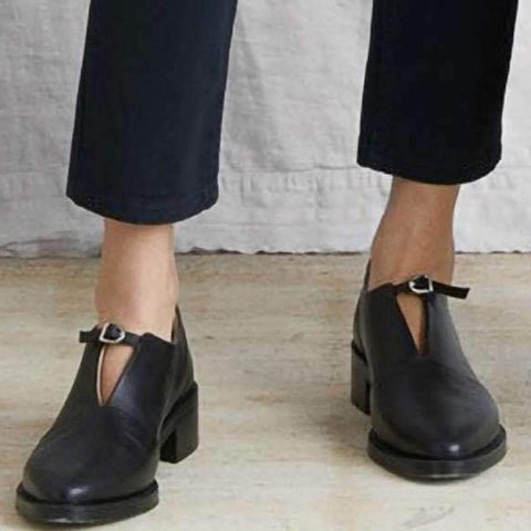 Closed-toe Ankle Strap Pump Shoes