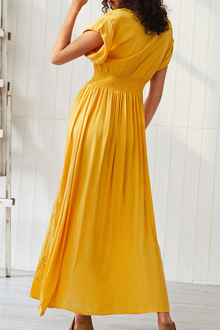 produkte / Cutout_Slit_Embroidered_Maxi_Dress_3.jpg