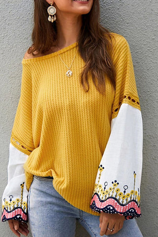 prodotti / Flared_Sleeve_Casual_Loose_Blouse_3.jpg