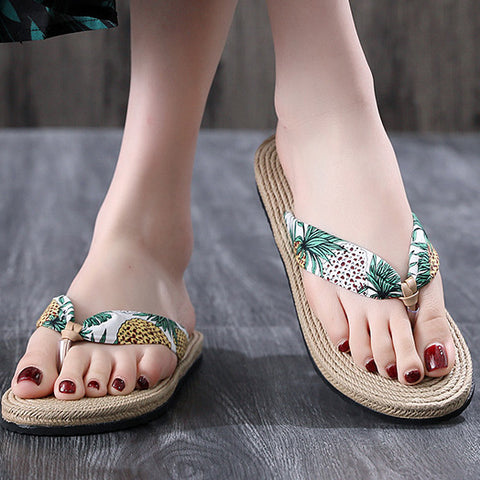 products/FlowerPrintTellyThongFlipFlops_1.jpg