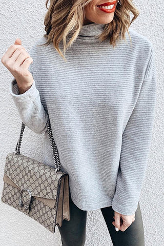 prodotti / Gray_Casual_Turtleneck_Sweatshirt_1.jpg