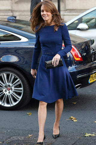 Produkte / Kate-Middleton-Navy-Cocktail-Kleid-Mit-Ärmeln-4.jpg