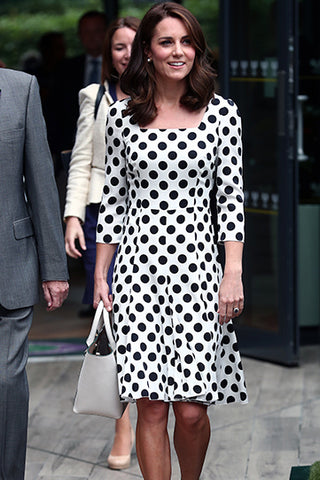 products / KateMiddleton_sSquarePolkaDotPrintDress_3.jpg
