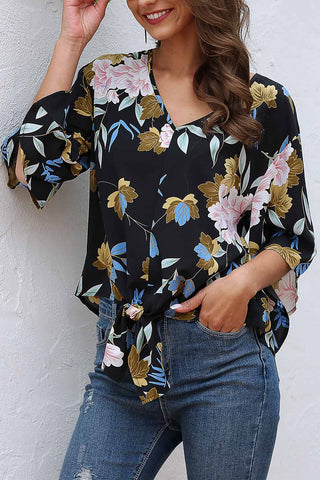 products/LooseFloralKnotHemChiffonBlouse_2.jpg