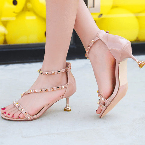 products / Open-toeLowHeelsSandalsShoesWithRivets_2.jpg