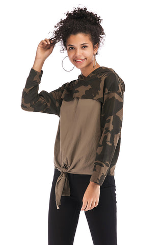 products/Patched-Camouflage-Asymmetrical-Hem-Sweatshirt-_3.jpg