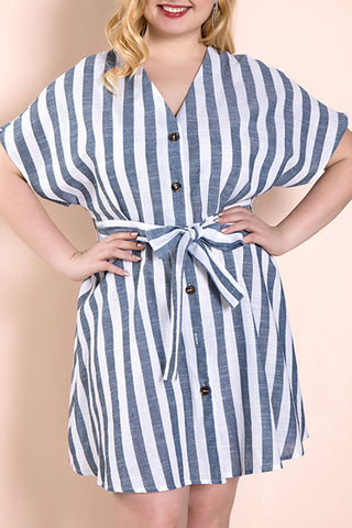 products/Plus_Size_Striped_Lace-up_Dress_1.jpg
