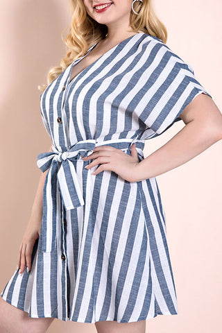 products/Plus_Size_Striped_Lace-up_Dress_2.jpg