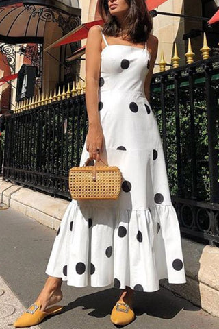 Produkte / PolkaDotRufflesSpaghettiStrapsVacationDress_1.jpg