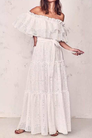 products/Sashes_Cut_Out_Lace_Dress_4.jpg