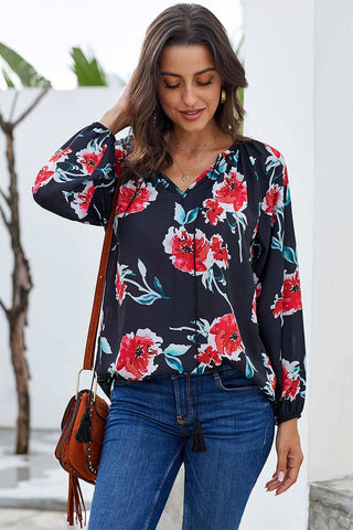 products / V-Neck-Drawstring-Printed-Bluse-_4.jpg