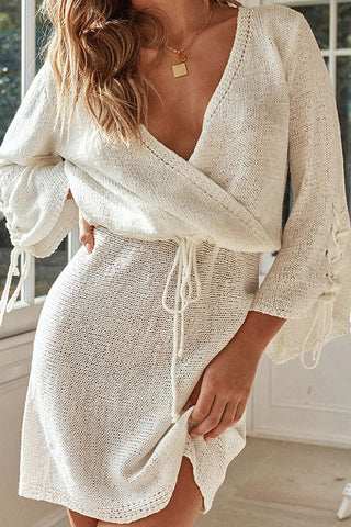 Casual V-neck Strappy Sleeve Cinched Dress