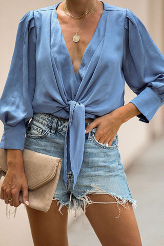 products/V-neck_Lantern_Sleeve_Knotted_Blouse_1.jpg