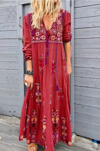 products/Vintage_Tassel_Embroidery_Dress_3.jpg