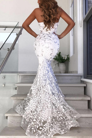 Produkte / White-Strapless-Applique-Prom-Dress.jpg