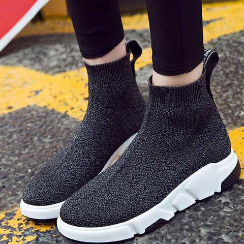 products/WideFitSockKnitSneakers_2.jpg