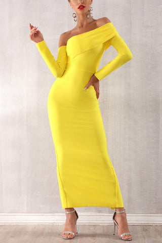 produits / Yellow-Off-Shoulder-Bandage-Dress-Black.jpg