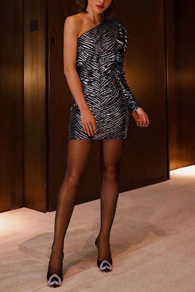 Silver One Shoulder Fitted Patry Kleid
