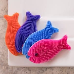 Innobaby Animal Bathin' Smart Silicone Fish Antimicrobial Bath Scrub