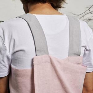 cross-back linen apron SUHKUR light gray / pink