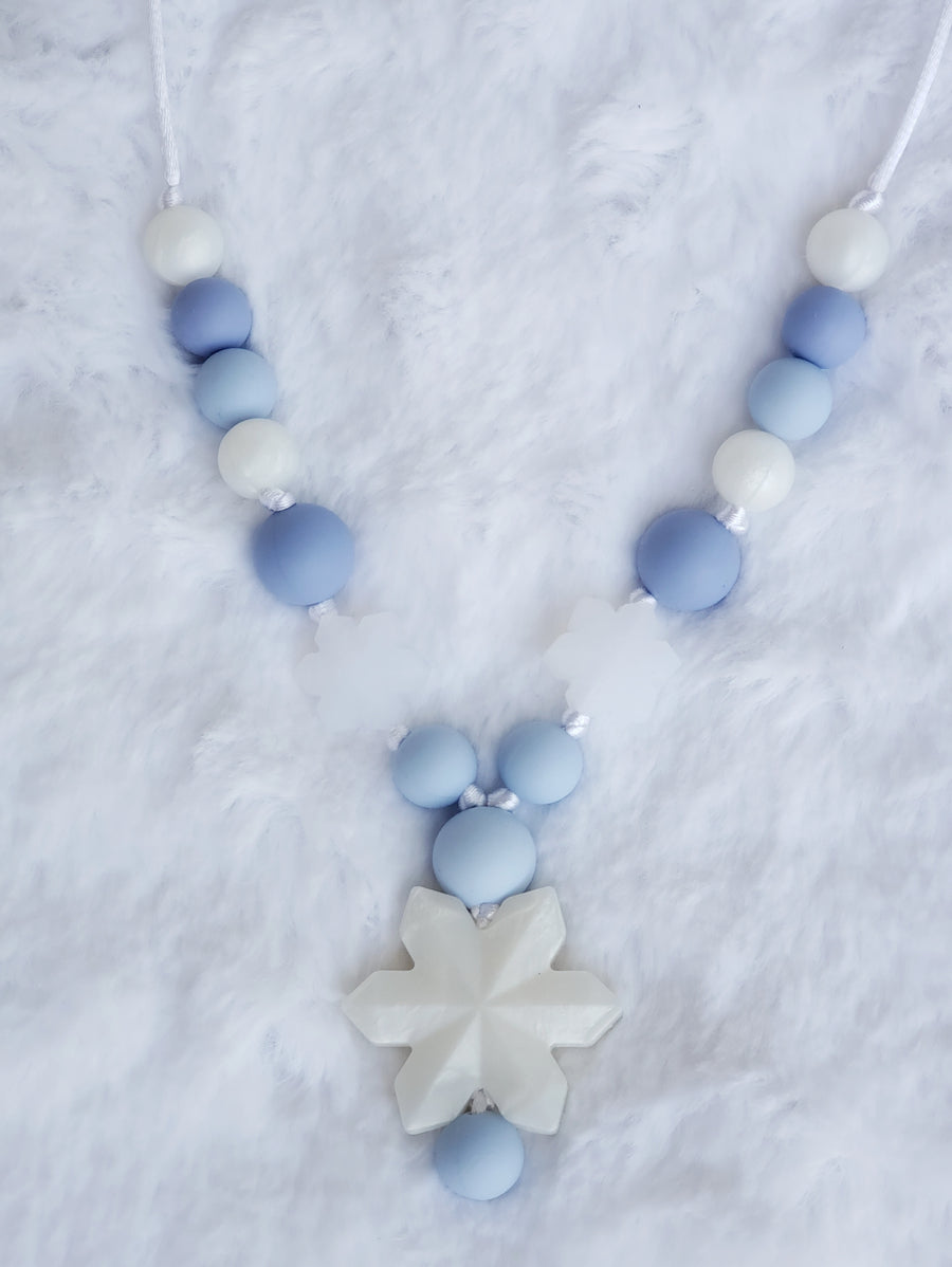 Girls Frozen Necklace - White Pearl
