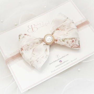 Classic Floral Tri-Fold Bow with Pearl Accent