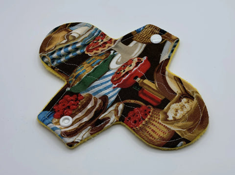 "7"" Pies Light Absorbency Cloth Pad"