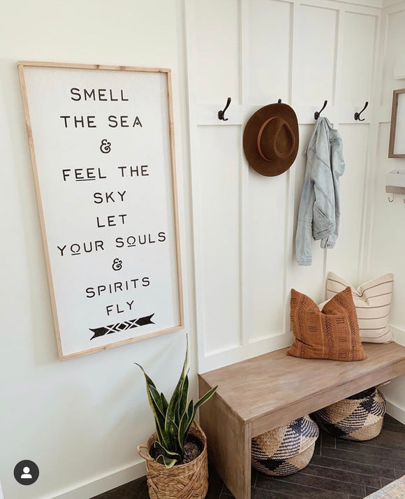 Wall hanging / Smell the sea feel the sky let your souls and spirits fly frame wood quote sign