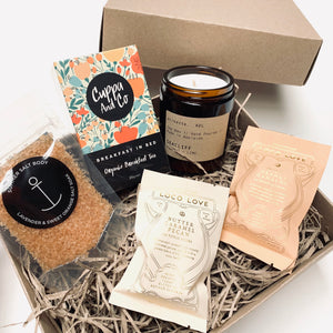 Gift boxes and gift hampers with Australian made products. Same day delivery in the Adelaide Hills and Murray Bridge.