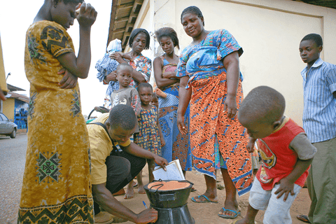 Cleaner cookstoves in Zambia and Ghana