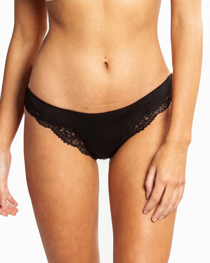 Love&Lustre - Classic Lace Thong - Black