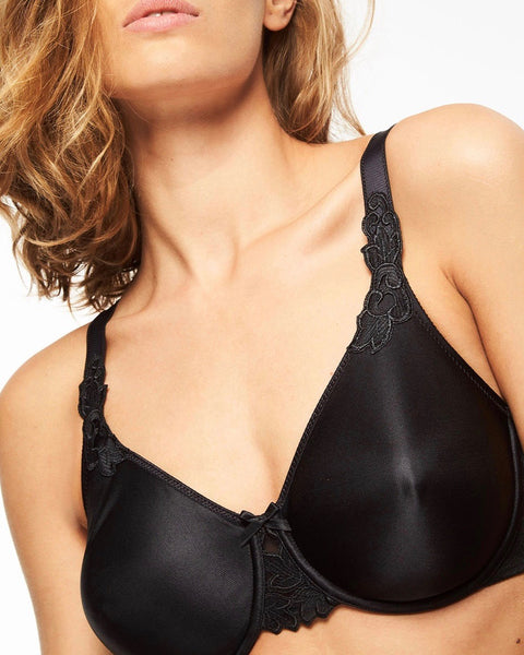 Chantelle - Hedona Moulded Underwire Bra - Black