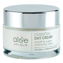 Laden Sie das Bild in den Galerie-Viewer, Tagescreme Essential Day Cream, 50 ml