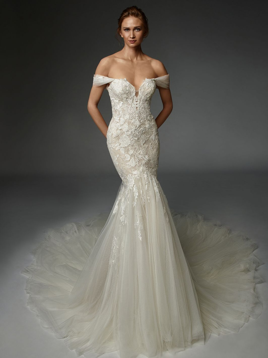 Adélaïde - New, Gown, Élysée by Enzoani - Eternal Bridal