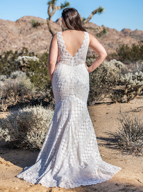 Callie - Sample Gown, Online Sample Sale, Chic Nostalgia - Sample Gown - Eternal Bridal