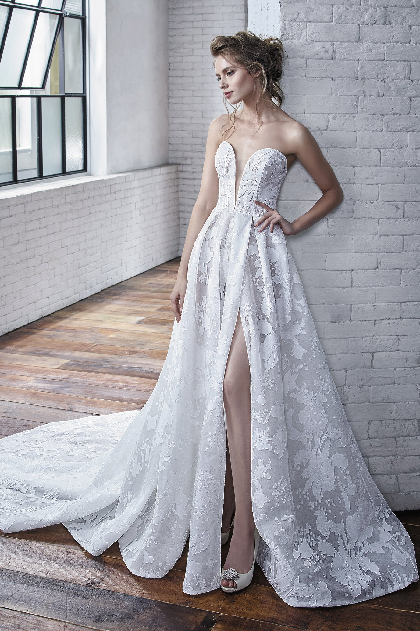 Carina - New, Gown, Badgley Mischka Bride - Eternal Bridal