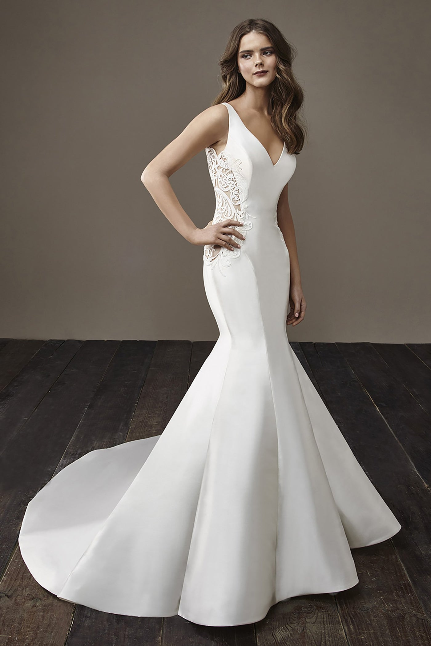 Beth - Sample Gown, Online Sample Sale, Badgley Mischka - Sample Gown - Eternal Bridal