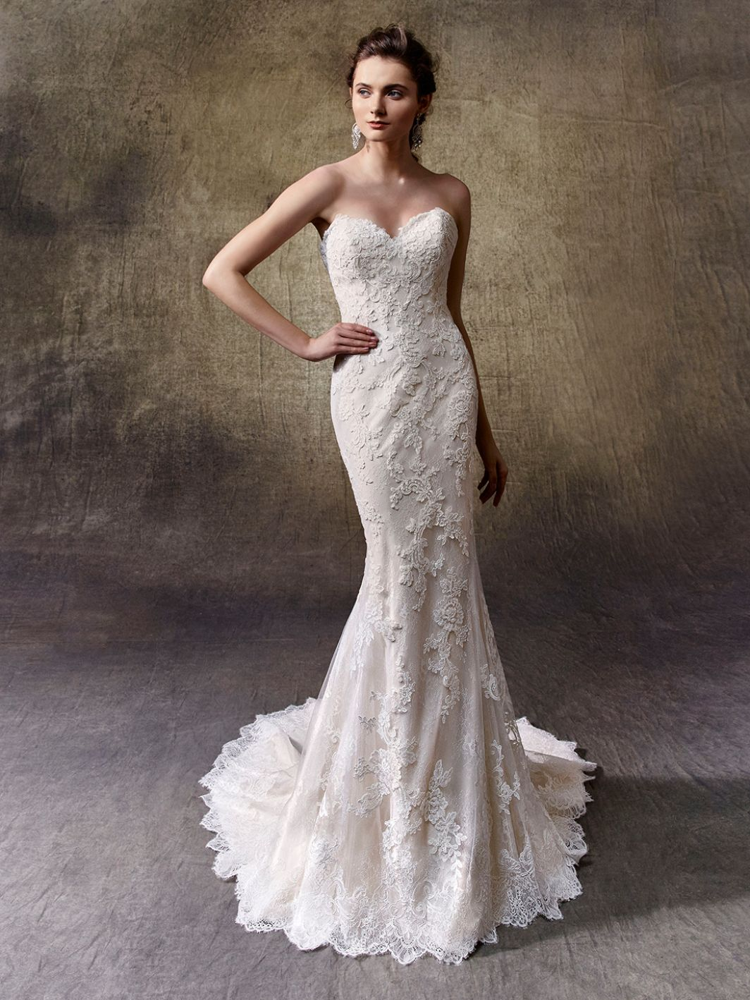 Lucie - Sample Gown, Online Sample Sale, Enzoani - Sample Gown - Eternal Bridal