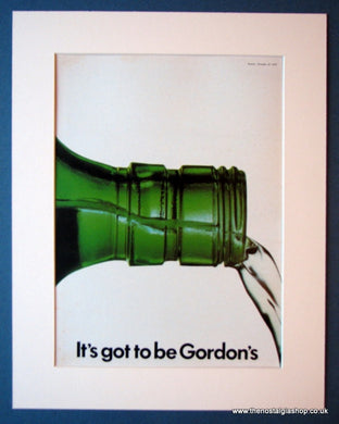 Gordon's Gin. Original advert 1975 (ref AD1173)