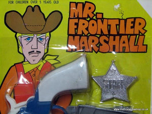 Mr. Frontier Marshall. Toy gun set. Never opened. 1960's 70's (ref Nos103)
