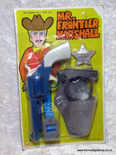 Load image into Gallery viewer, Mr. Frontier Marshall. Toy gun set. Never opened. 1960's 70's (ref Nos103)