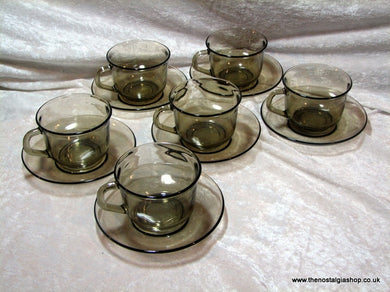 Arcoroc Set of 6 Cups and Saucers. (ref Nos121)