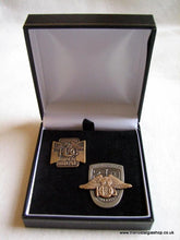 Load image into Gallery viewer, Harley Davidson HOG Set of 2 badges Boxed.