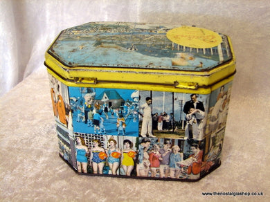 Butlins Holiday Camp. 1960's Vintage Tin  (ref nos061)